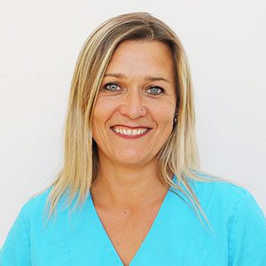 Monika Schuster ist Angestellte in der Zahnarztpraxis Kümmel in Mutlangen
